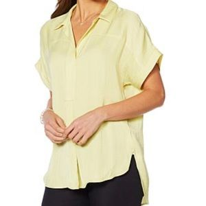 NWT Vince Camuto top